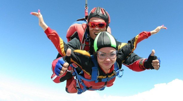 Cairns Skydiving Tour