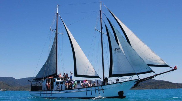 Whitsundays 2 Day Sailing Adventure